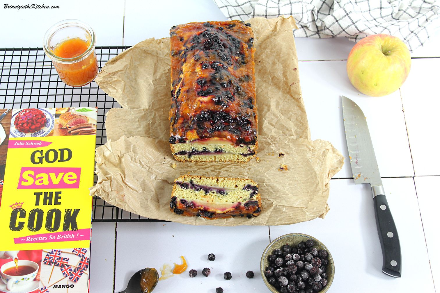 Cake Pomme, Myrtilles et... {Blueberry and Apple Loaf}