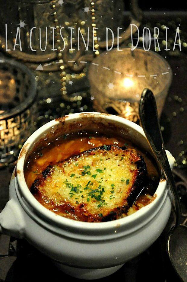 Soupe à l'échalote et tartine de Cantal gratiné