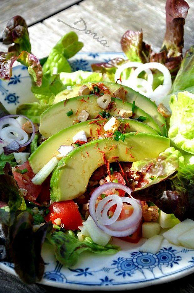 Salade gourmande à l'avocat et céréales