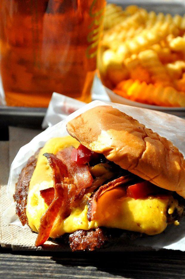 New-York (7)... Shake Shack, de loin le meilleur des burgers