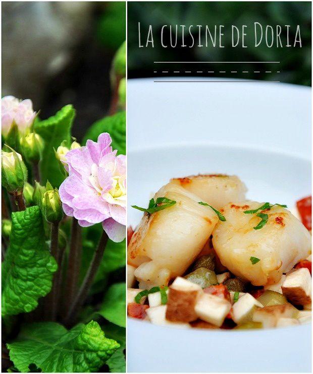 Saint-Jacques poêlées sur mirepoix de champignons et chorizo, au parfum de coriandre de Mai