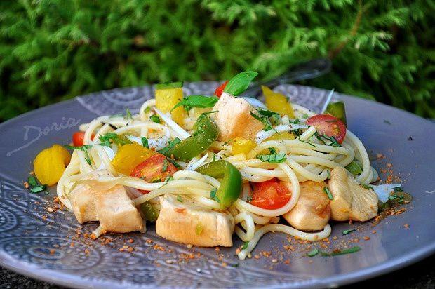 Spaghettis au poulet et légumes