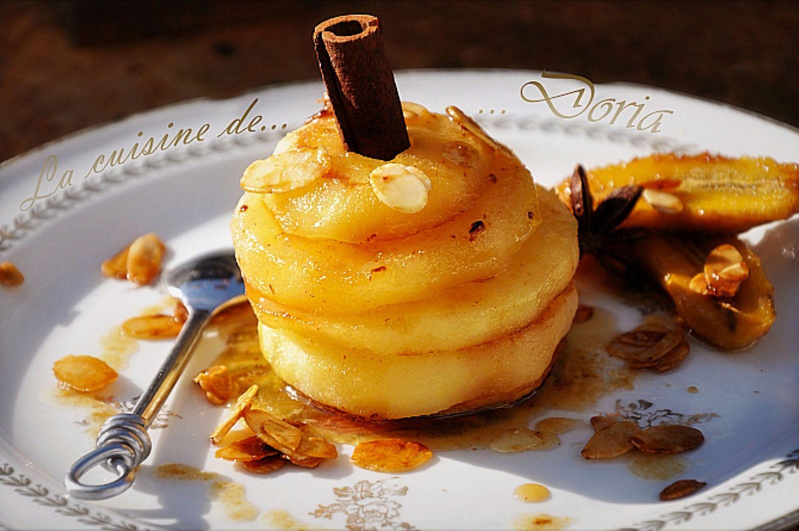 Pomme, banane cuites au miel et amandes effilées
