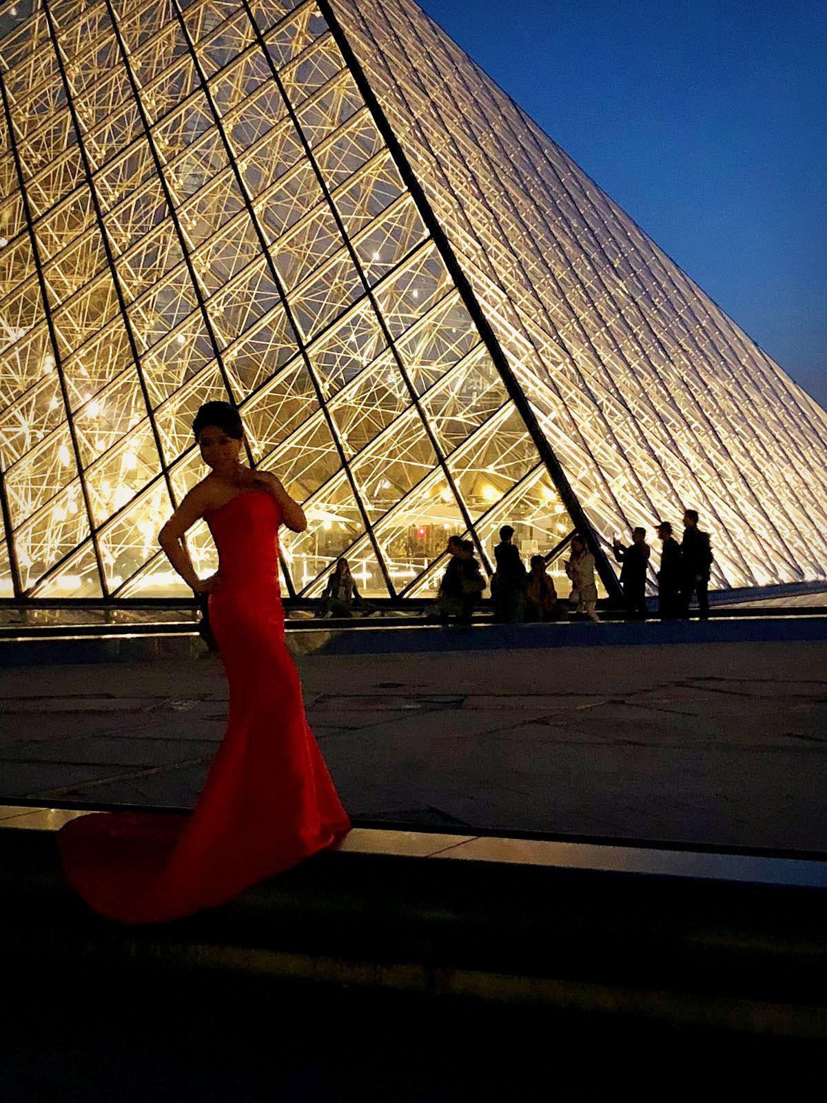Paris by night... (2)