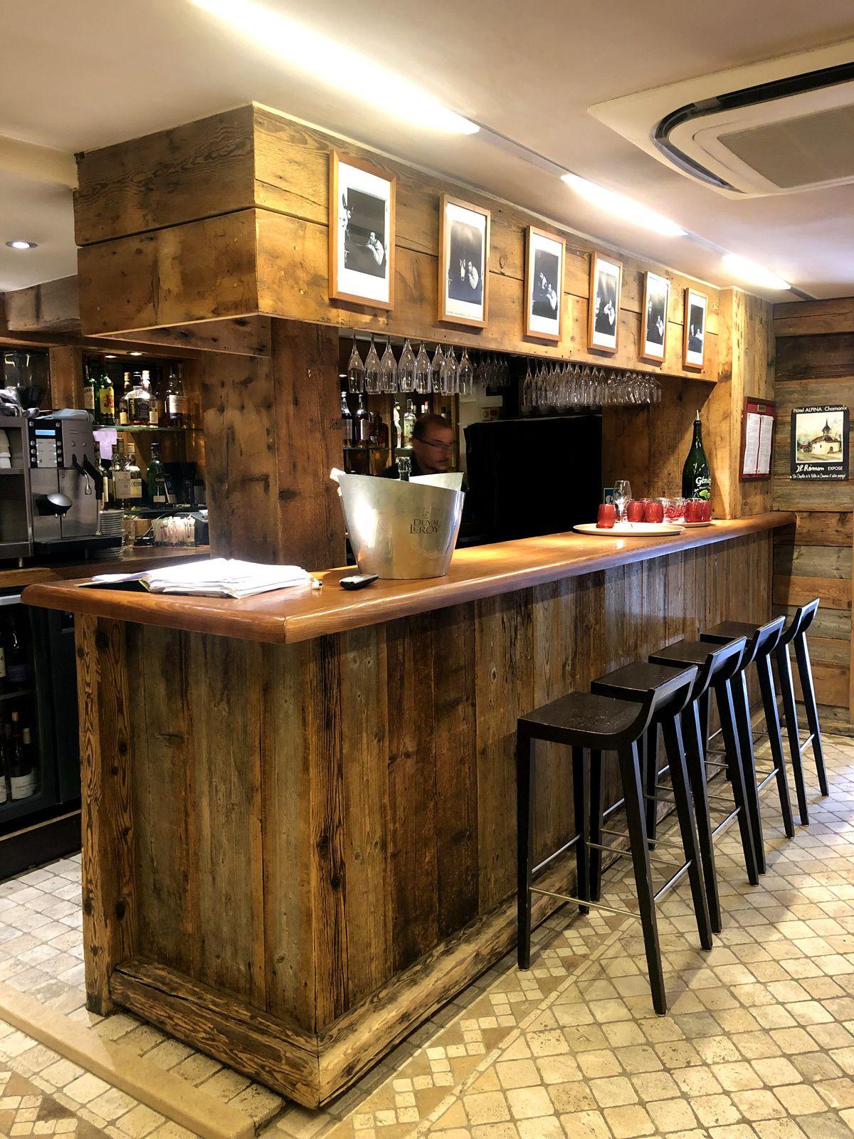 Chamonix (6)... Restaurant Atmosphère