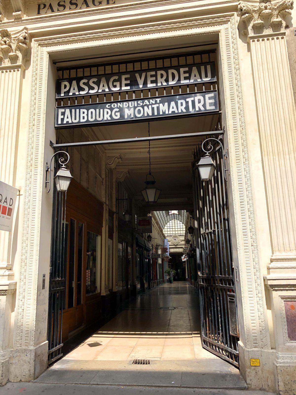 Dans les ruelles du 9ème arrondissement et alentours