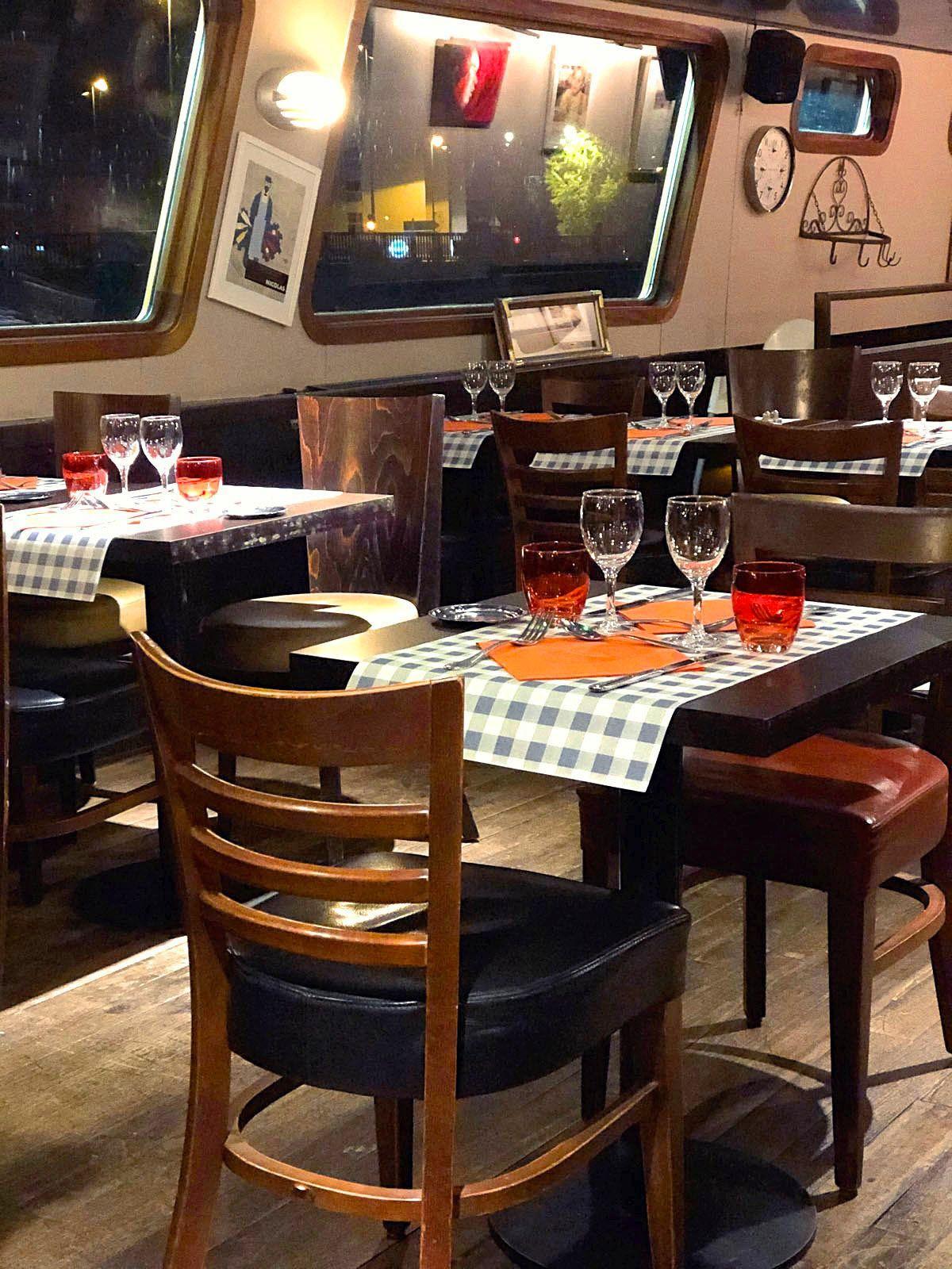Restaurant La Péniche sur Meaux