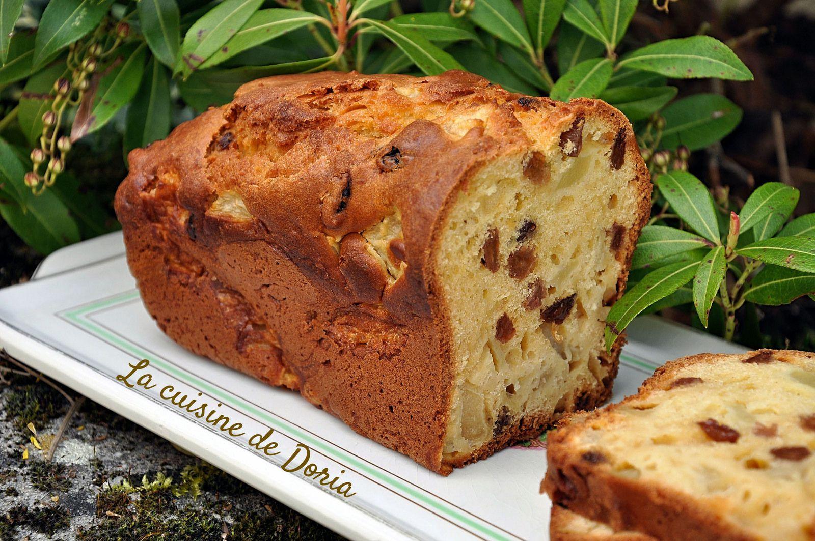 Cake aux poires, raisins secs et citron