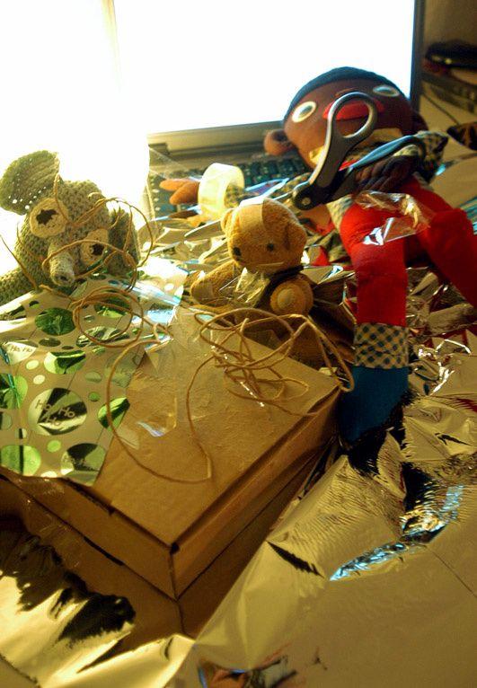Widerspenstiges Geschenk: Herr Tröta, Herr Duke, Herr Bimbo geben auf.