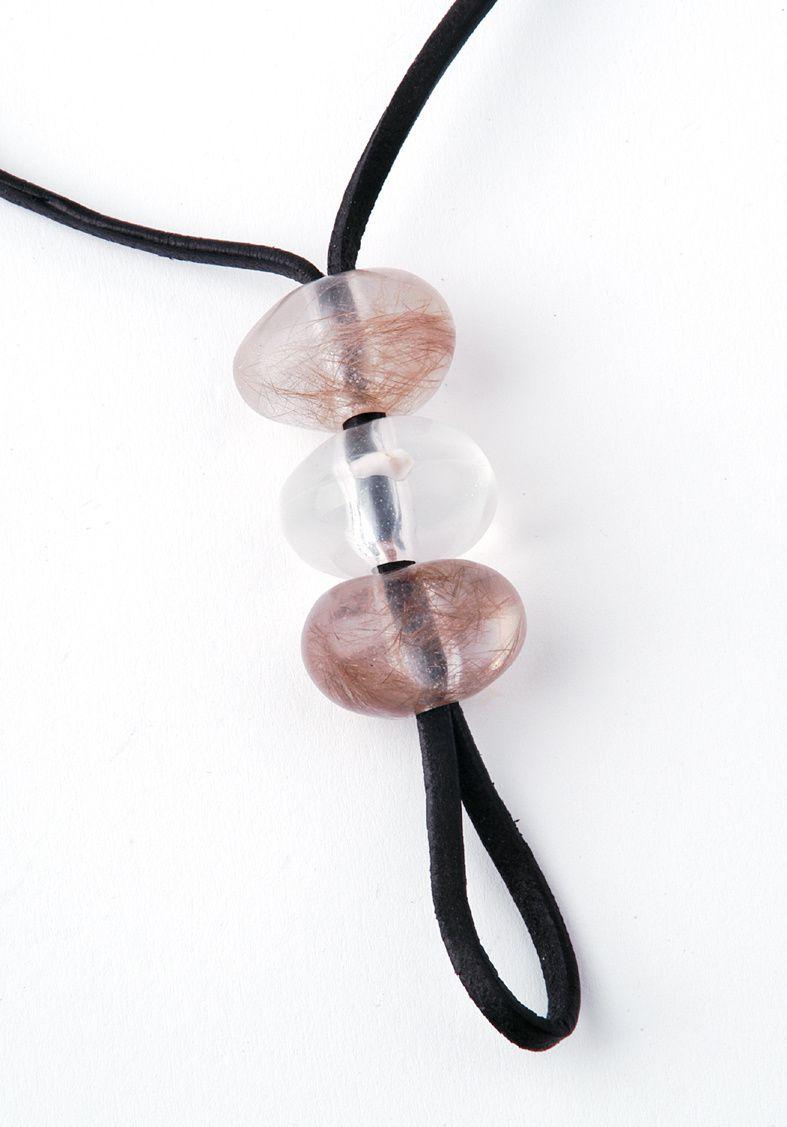 Auftragsarbeit: Kunstharz-Perlen mit Einbettung