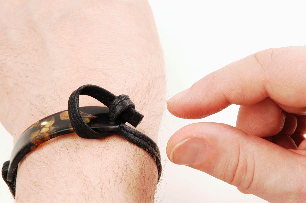 Das Wickel-Armband: jetzt auch metallfrei
