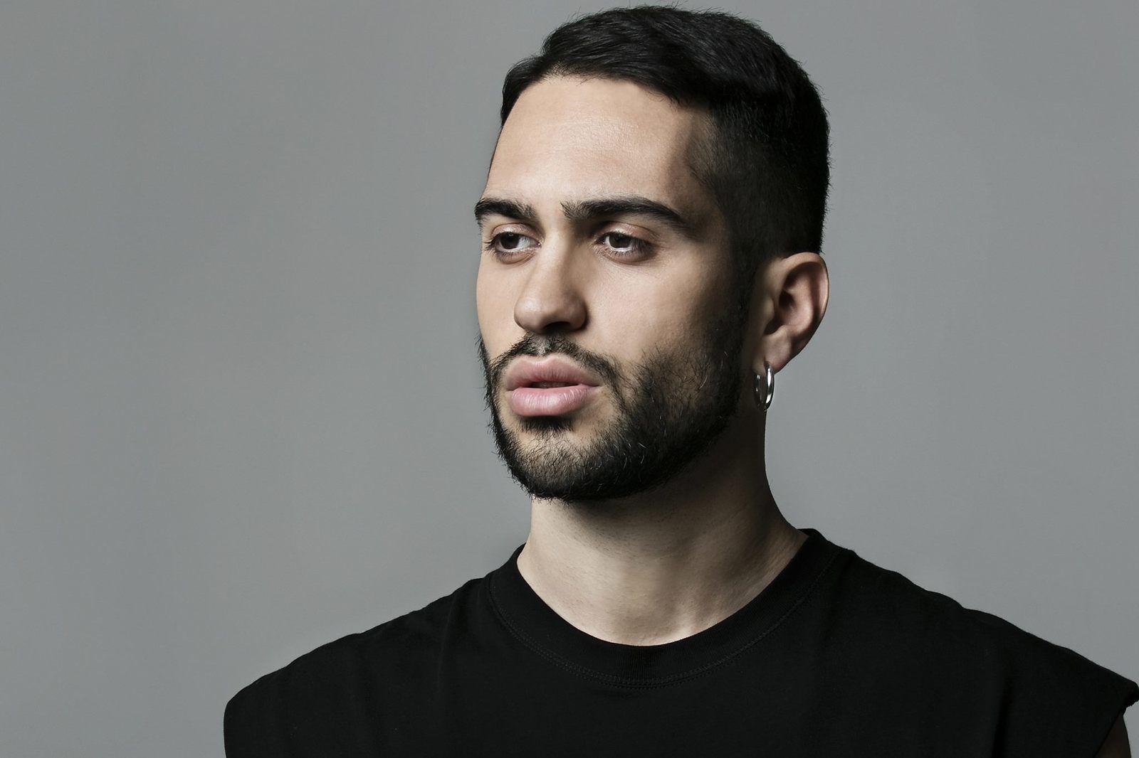 "Sanremo 2019 - Mahmood canta ""Soldi"""