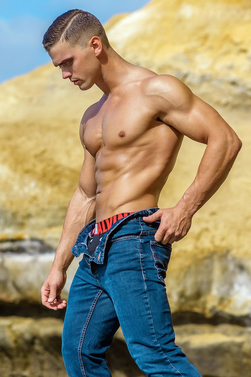 Alex par Armando Adajar !