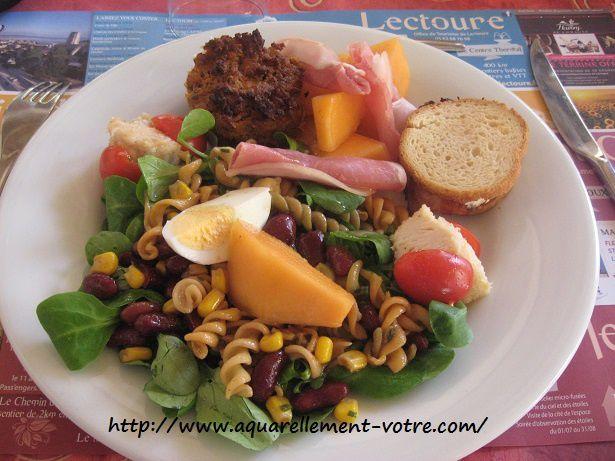 ma salade, mon zhom apris de la viande, un délice