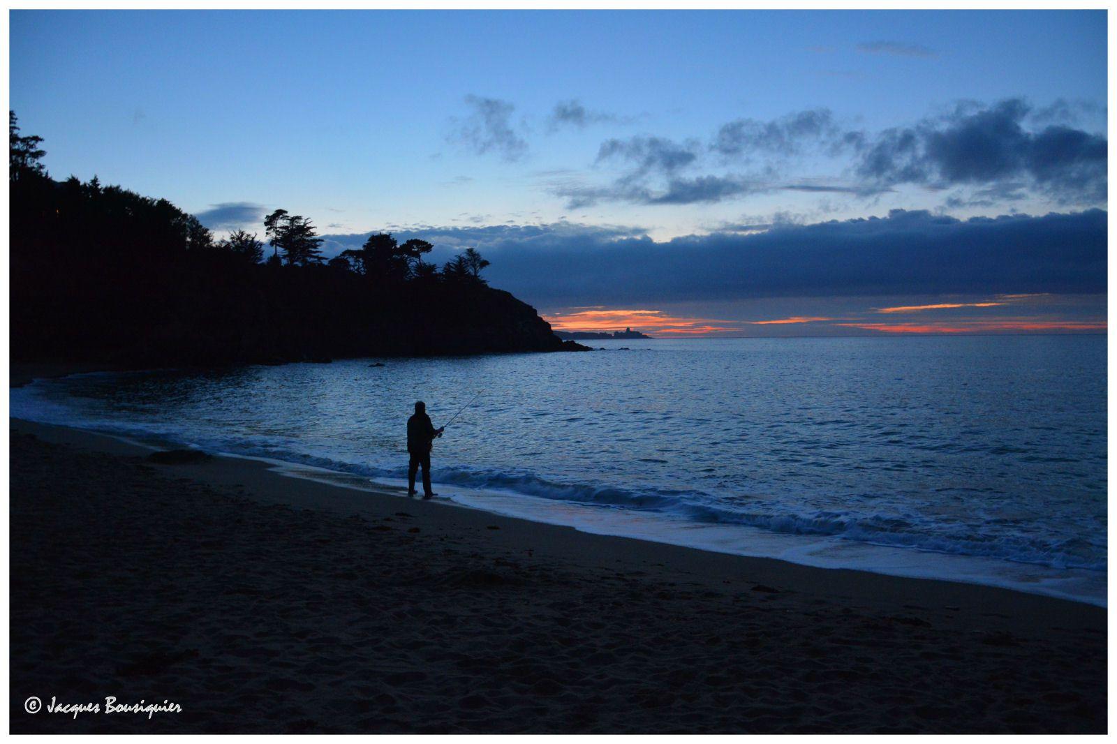 La plage, un soir d'été