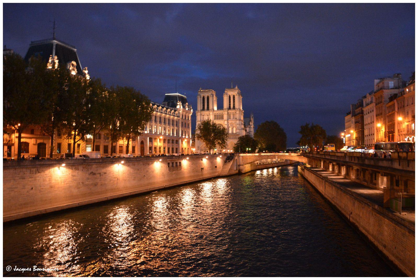Nuit blanche : Paris s'épanche
