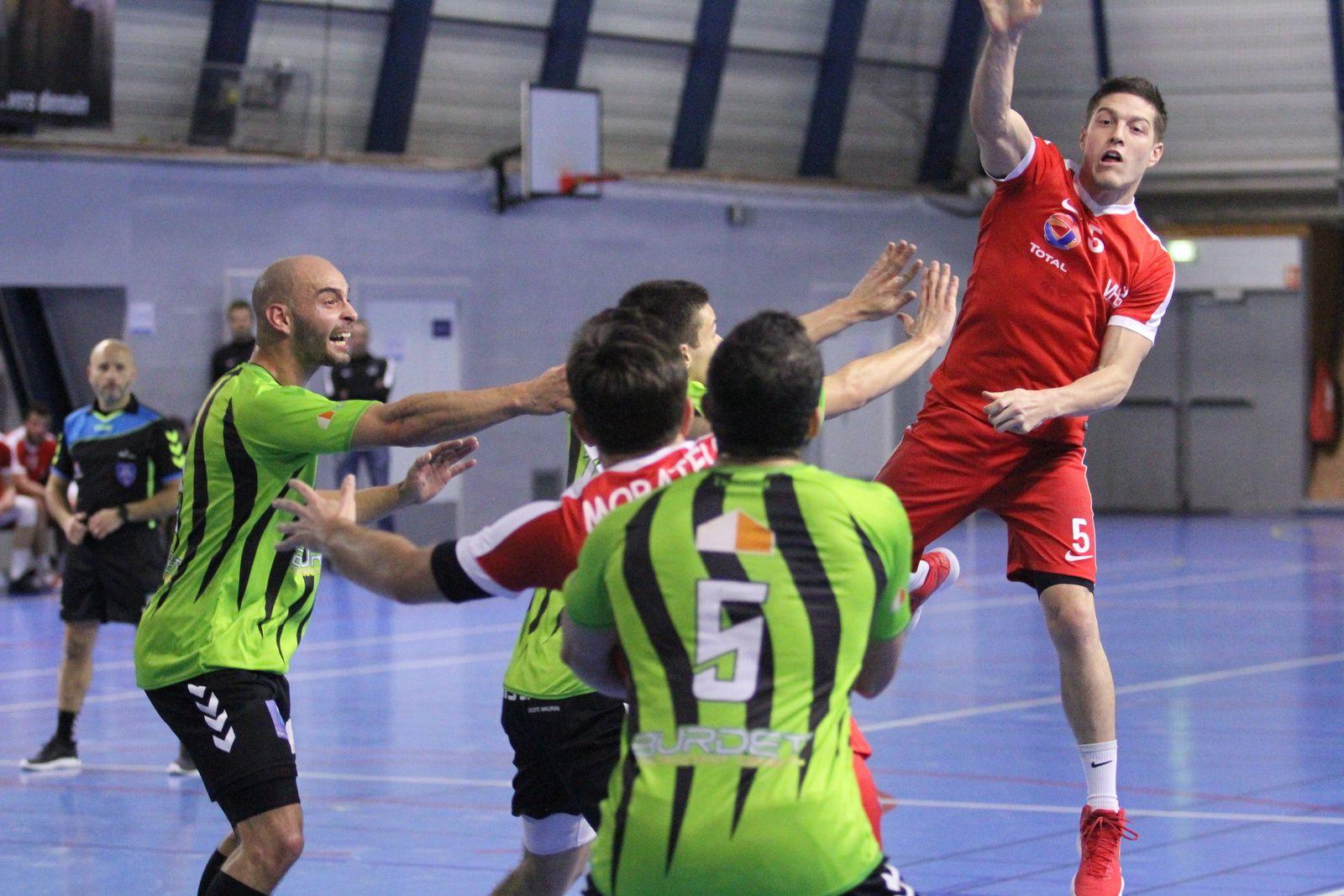 Une fois encore, les handballeurs vénissians ont su renverser le cours d'une rencontre qui pendant 50 minutes leur echappait