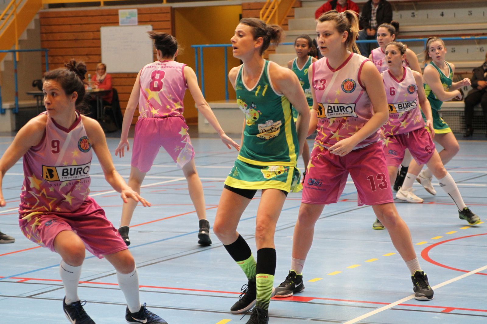 L'ALVP Basket feminin assure avec cette victoire son maintien en N3F - Photos : ©Sports Vénissians