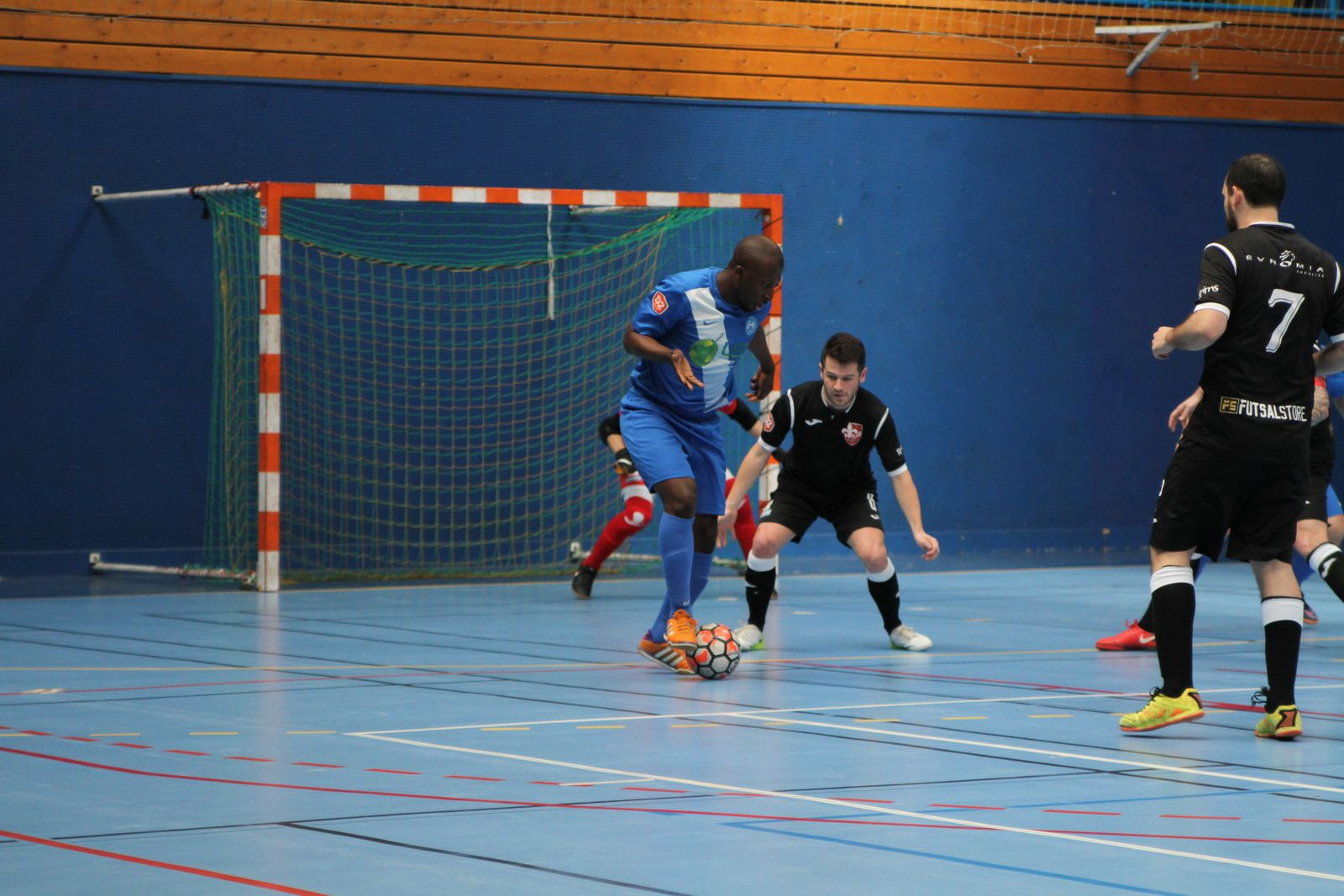 L'AS Minguettes Futsal surprise par Reims