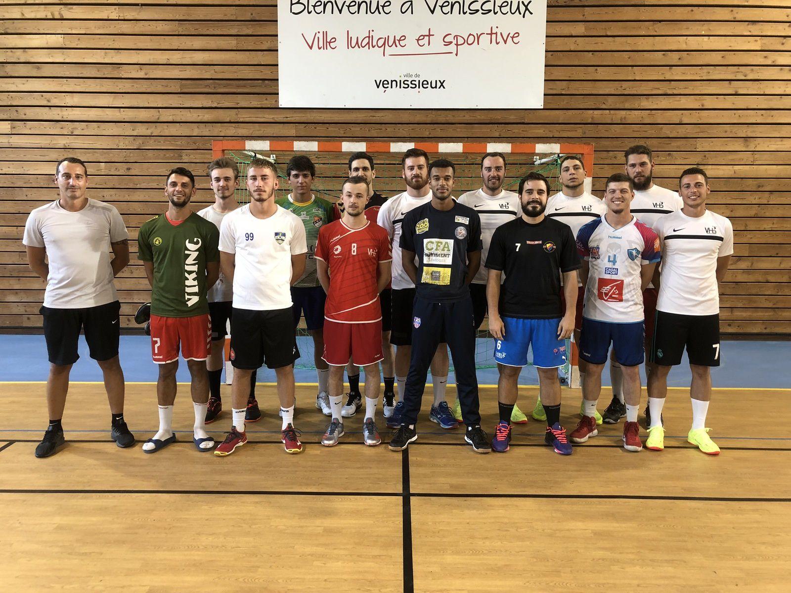 Fin de vacances pour les handballeurs de Nationale 2 du VHB