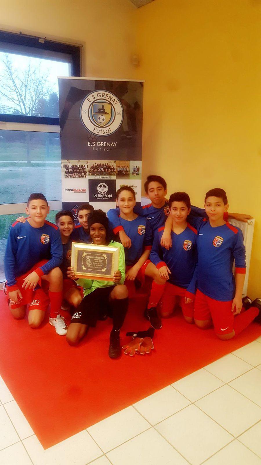 Les U13 de Vénissieux Football Club ont remporté le premier trophée dd'importance de ce jeune club - Photos : ©VFC