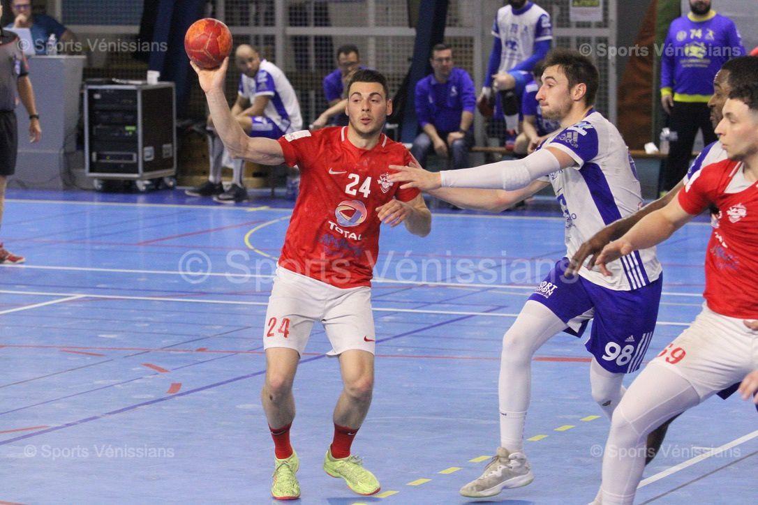 Vénissieux Handball a été accrochée dans sa salle par une physique et coriace équipe chalonnaise