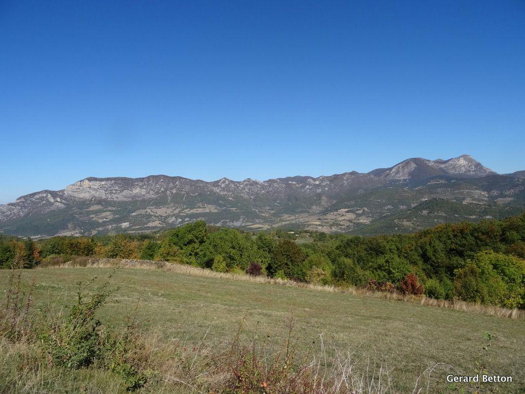"""""""Cols en tas"""", en Drôme provençale"""