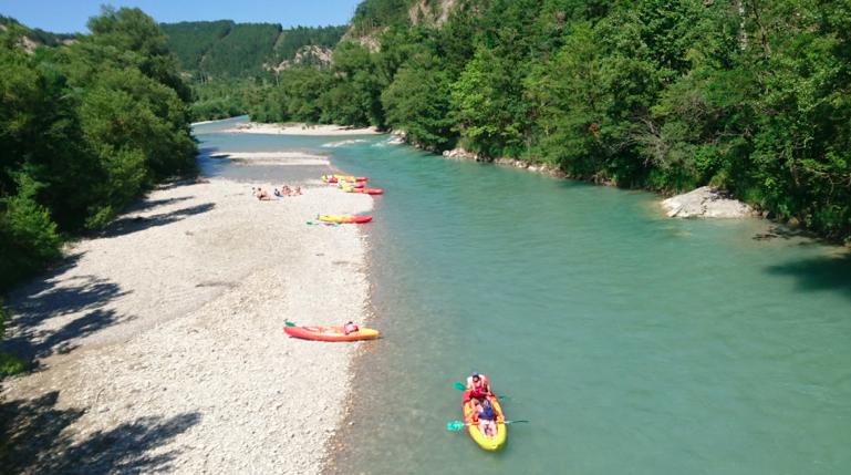 Canoës sur la Drôme