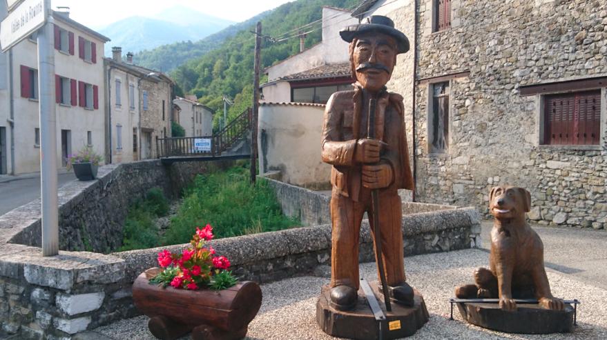Bouvières : sculptures en bois