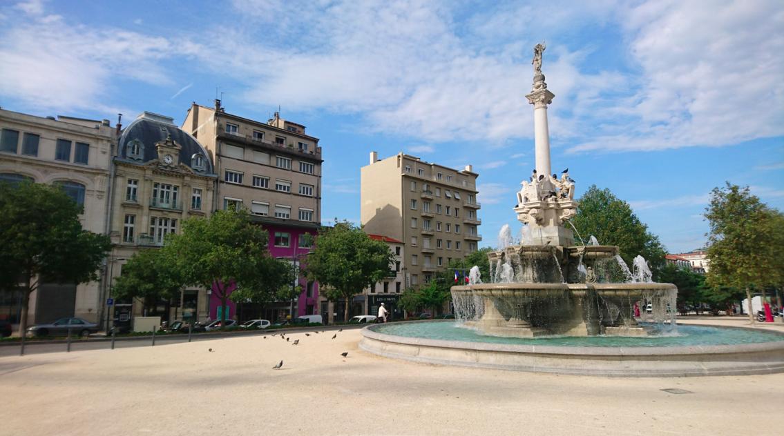 La fontaine, sur les boulevards