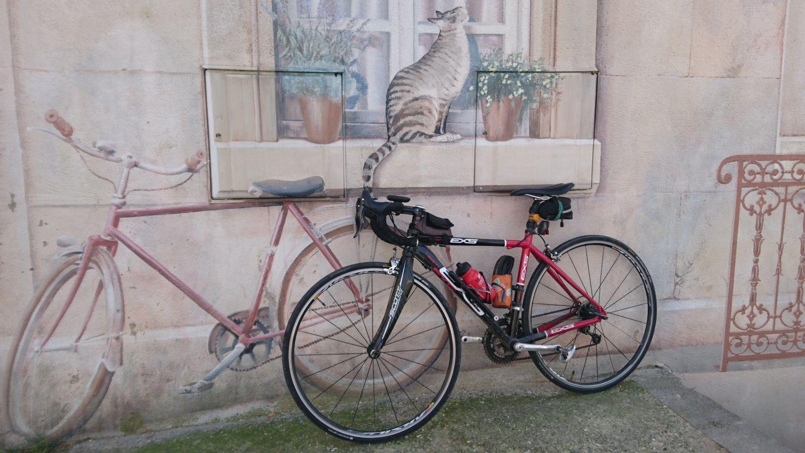 Trompe l'oeil. Mon vélo est bien réel.