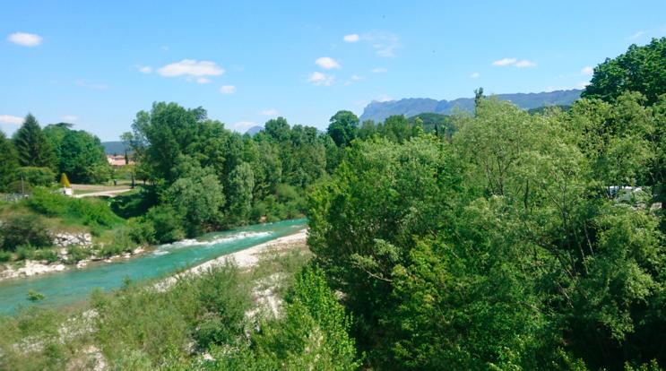 Aouste sur Sye : en amont du pont sur la Drôme