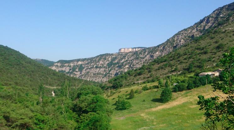 Descente vers Escoulin, et la vallée de la Gervanne