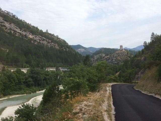 Sur la route de Pontaix