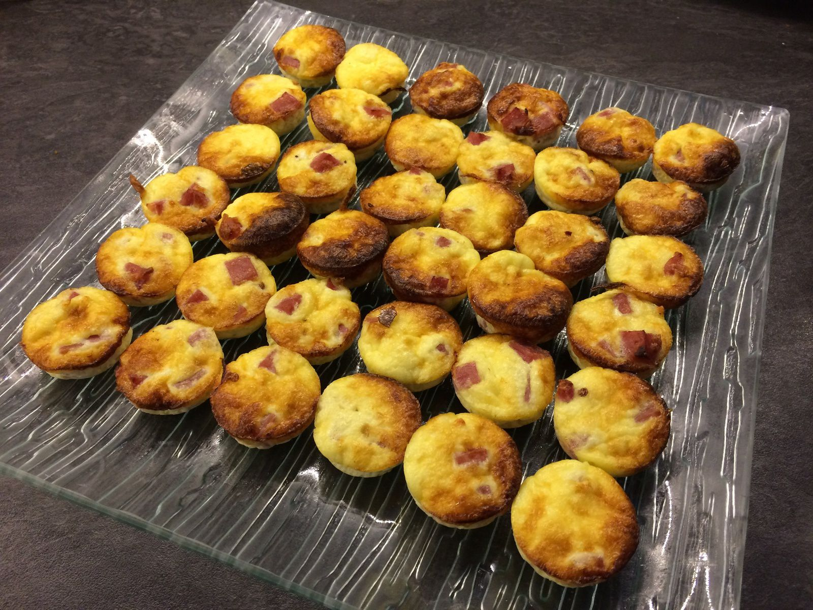 Petits bouchons jambon fromage
