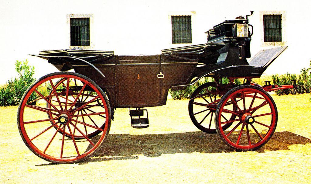 Le landau du carrossier F.J. Oliveira dans lequel ont été assassinés roi de Portugal Carlos 1er et son fils, le prince héritier Louis-Philippe duc de Bragance (Lisbonne, Museu nacional dos coches)
