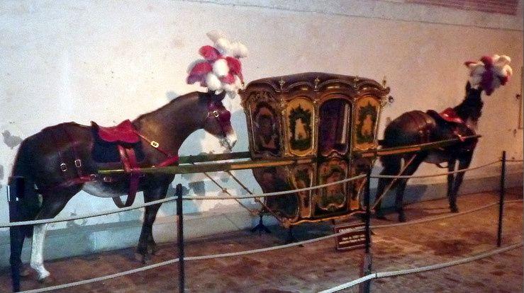 Chaise muletière conservée à Vaux le vicomte.