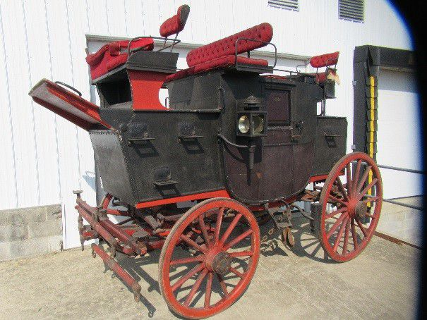 Mail-coach The Lightning, offered for sale by Martin Auctionneers, Inc Carriage Museum Siegward Tesch, Wiehl in Germany