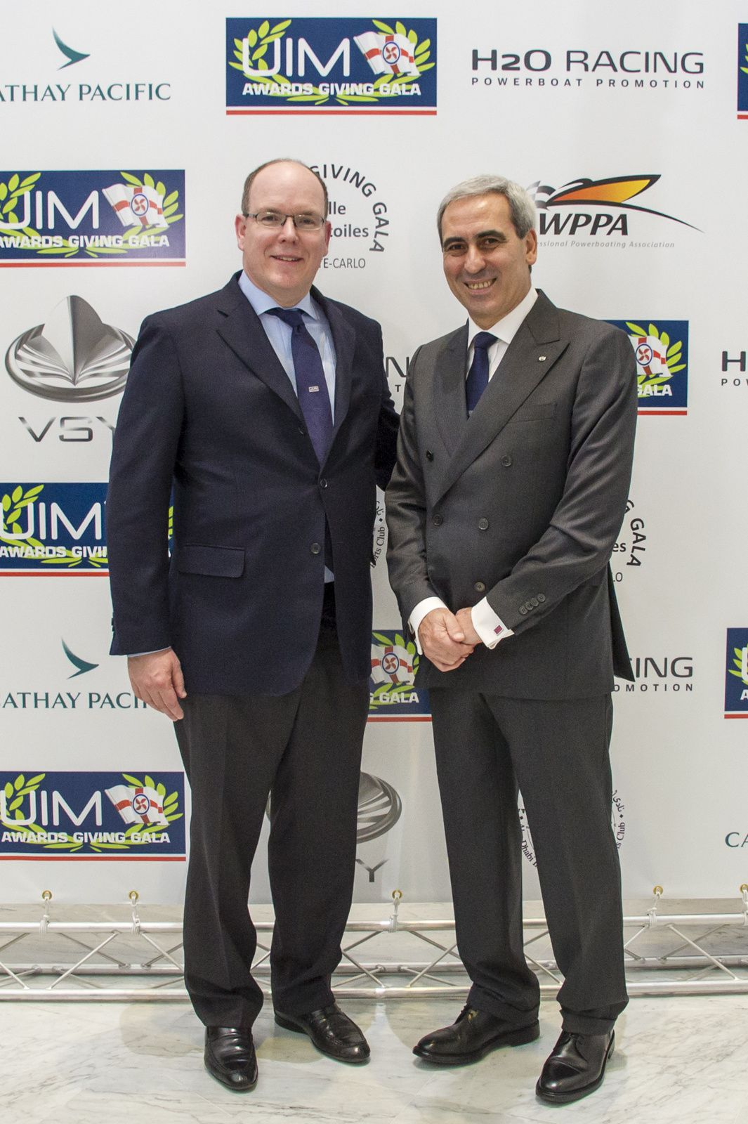 POWERBOATING WORLD CHAMPIONS CELEBRATED AT STAR-STUDDED UIM AWARDS GIVING GALA