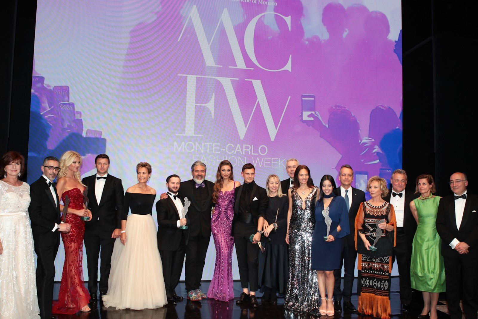 MCFW© 2019 FASHION AWARDS CEREMONY:  GAGNANTS DU PRIX DE LA SEPTIÈME ÉDITION