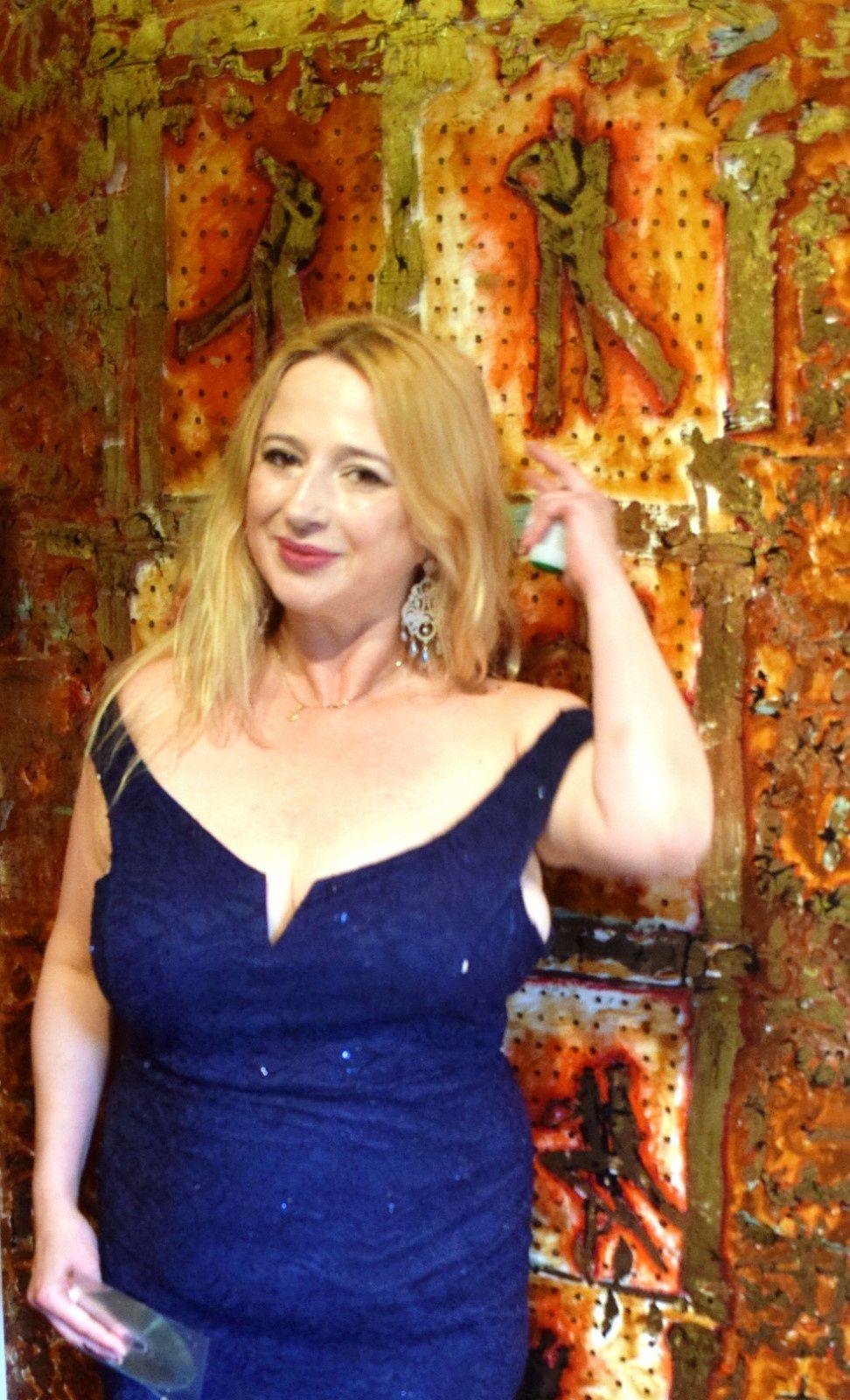 CANNES ART: DANA YORK - LA DEESSEDE L'ART EDENYORKAIS  LA PEINTURE DU BONHEUR