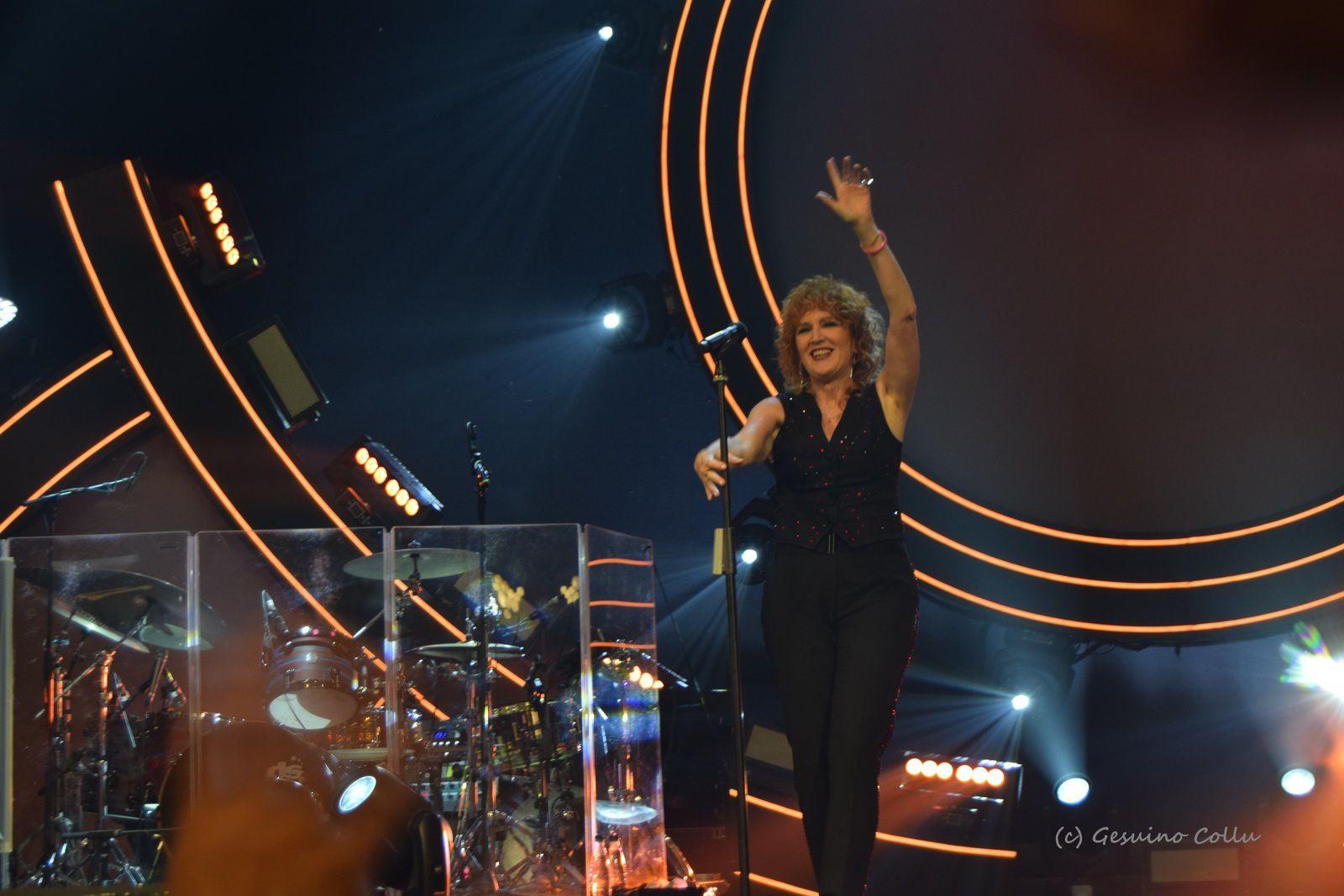 """SUCCESSO DI FIORELLA MANNOIA IN """"PERSONALE TOUR"""" ALL'ARISTON DI SANREMO"""