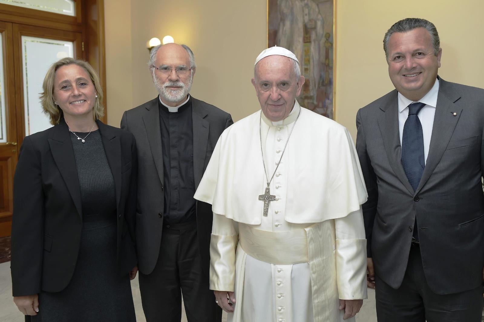 A la droite du Pape Francesco, Paolo CELI - Prés.Amitié France-Italie de Nice