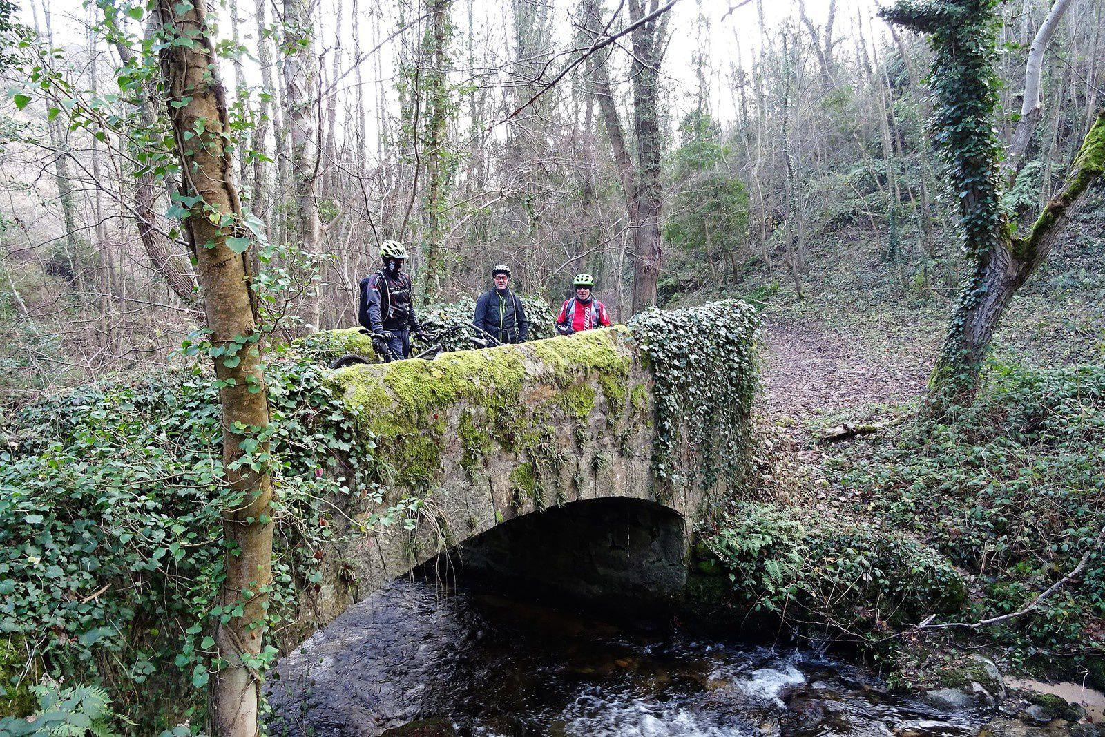 Un petit aller-retour jusqu'au pont puis nous rentrons à Montbrison. Le retour est frigorifiant !