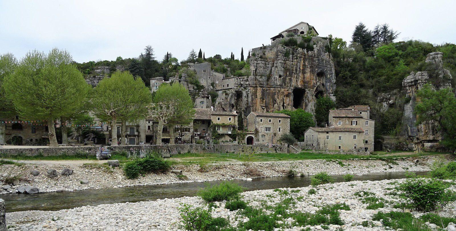 Le village de Labeaume.