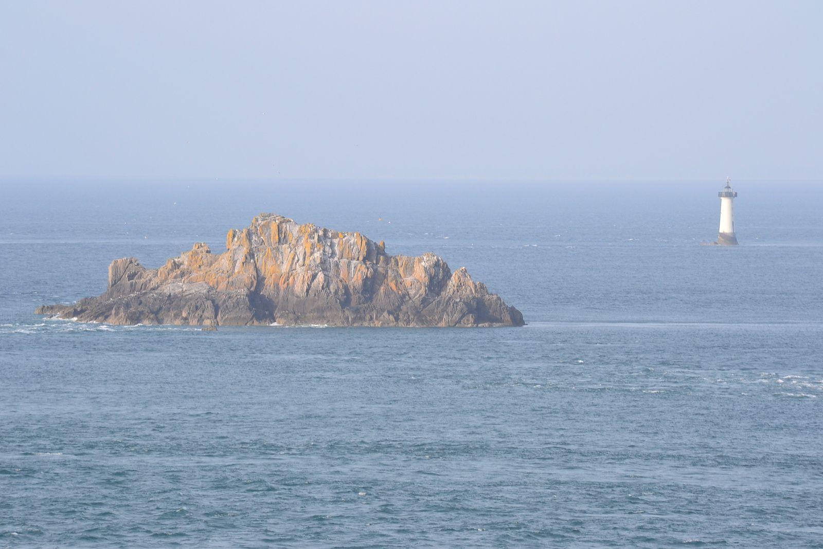 Landerneau, Sain-Malo, Mont Saint-Michel, etc...