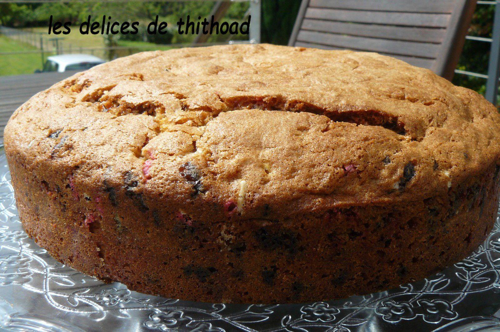 gâteau au yaourt et vermicelles colorés