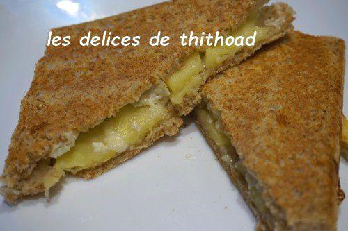 Croque monsieur, camembert et pomme
