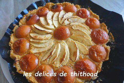 Tarte aux pommes et abricots sans pâte