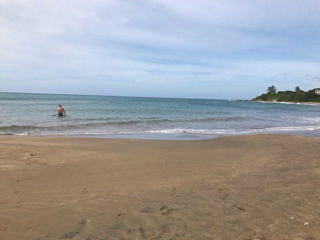 La plage et ... des maisons